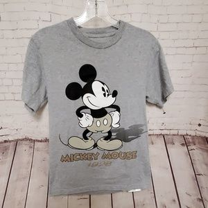 Disney Mickey Mouse shirt #341